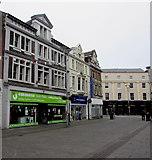 SS9079 : Emmaus charity shop in Bridgend town centre by Jaggery