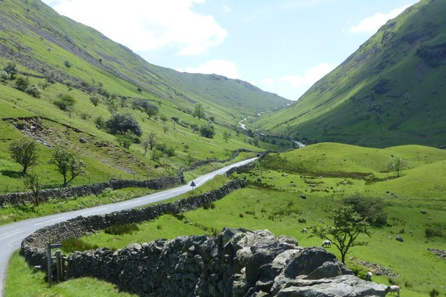 Start of footpath to Scandale Pass