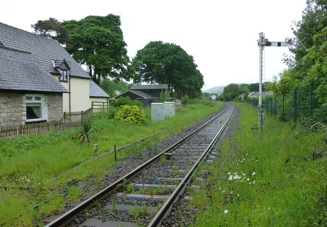 Railway north of the level crossing at Burneside