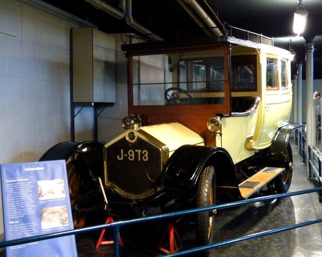 Crossley Limousine