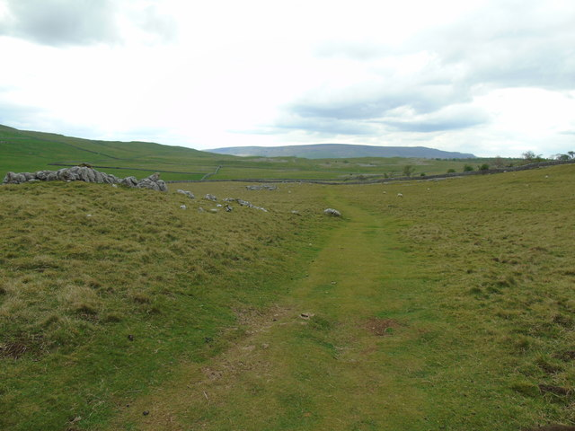 Dales Way to Grassington (north)