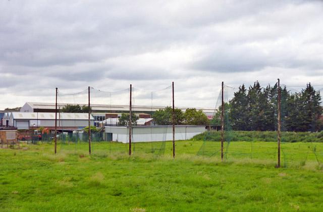 Disused golf driving range, Poyle