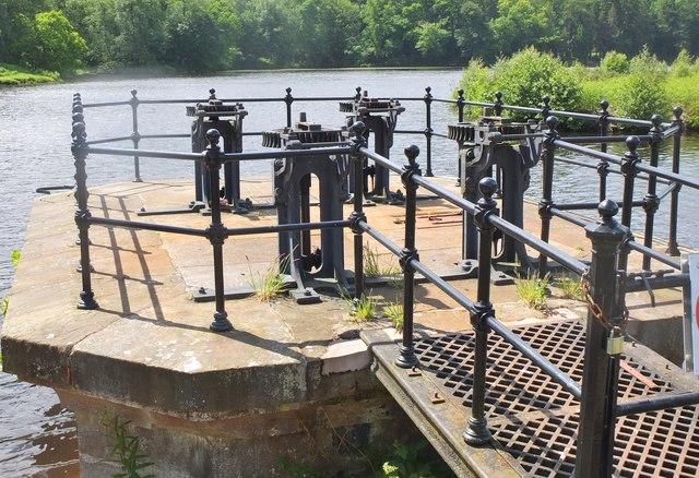 Valve controls at Edgelaw dam