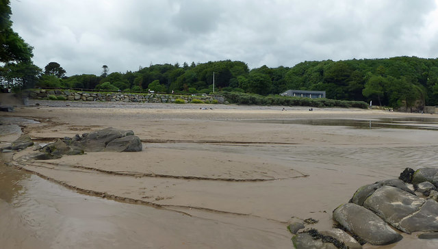Centre right is Coast restaurant Saundersfoot