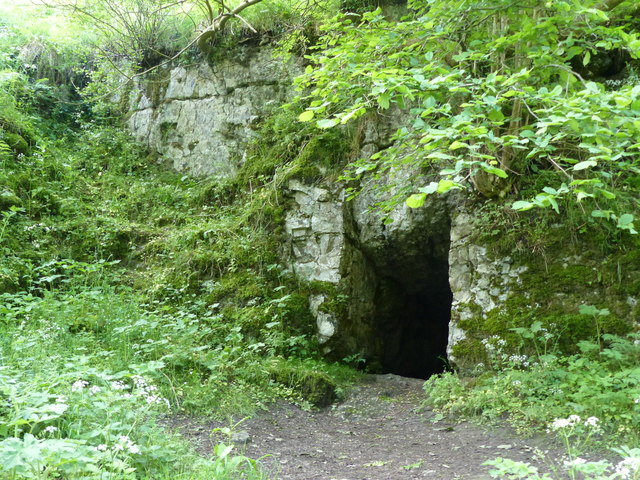 Cave or old mine entrance above Cales Dale