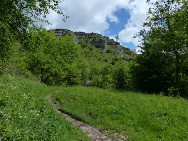 The Limestone Way Cales Dale
