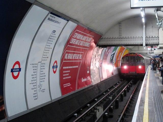 Holborn tube station, Piccadilly Line, Westbound platform 3