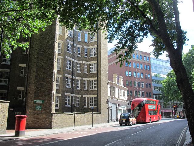 The southern end of Rosebery Avenue, EC1 (2)
