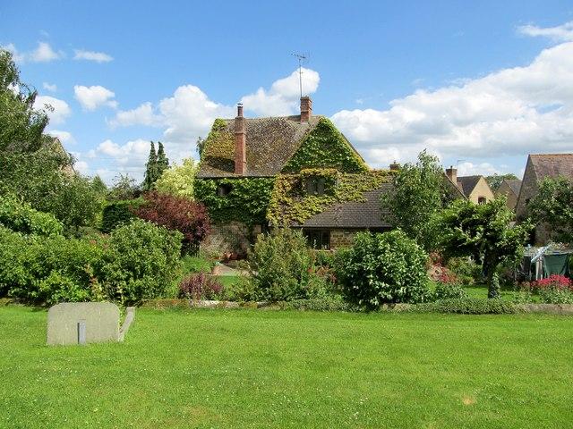 Whatcote-Church Cottage
