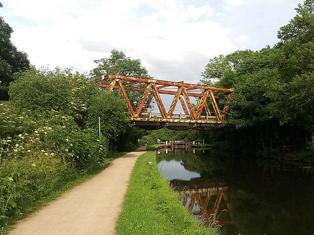 Esholt sewage works: former railway bridge