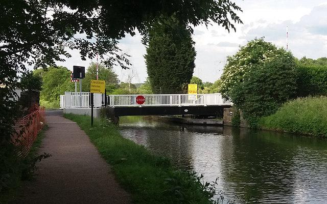 Canal bridge no. 208