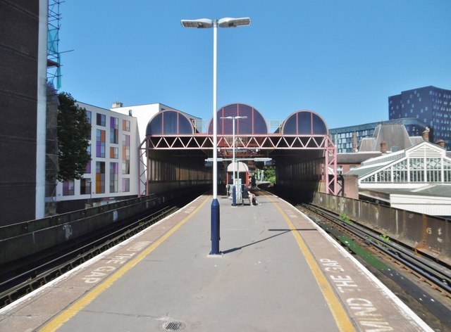 Portsmouth, Platforms 1&2