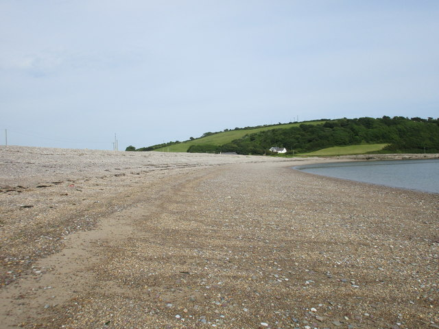 Shingle bar at Ferrypoint