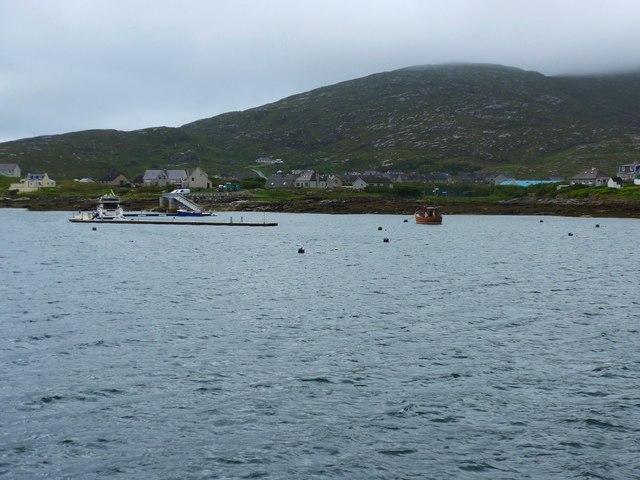New pontoon berths at Castlebay