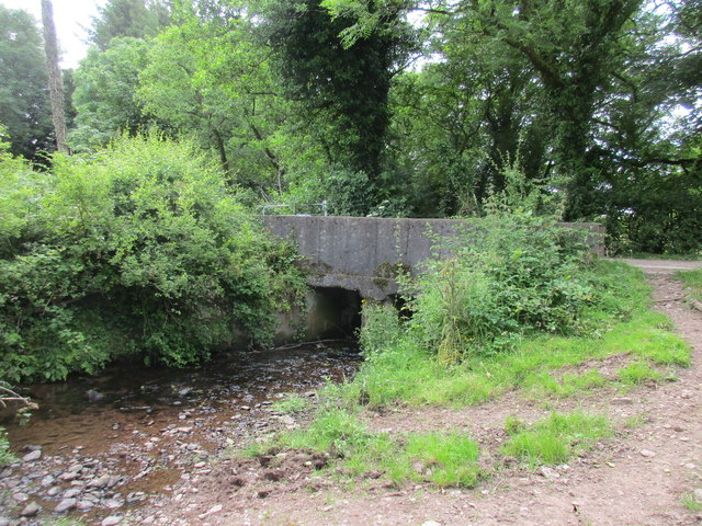 Farm bridge over the Owenboy River