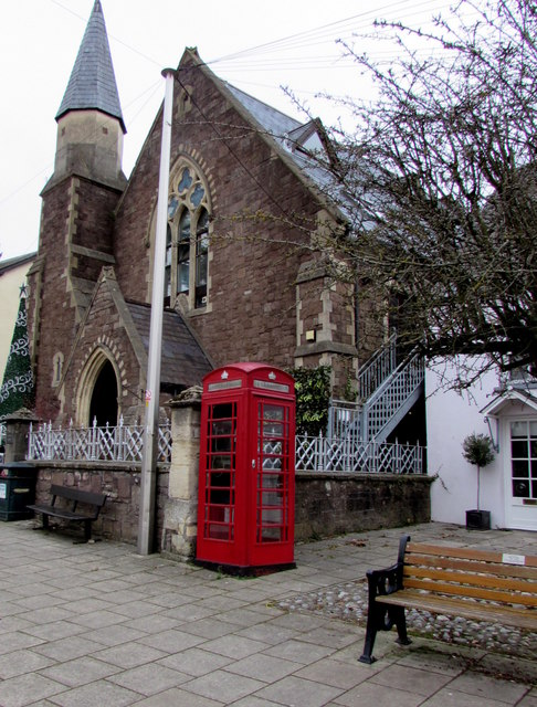 Grade II listed phonebox, Twyn Square, Usk