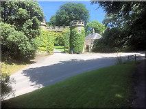 ST7734 : Gateway and Lodge at Stourhead Estate by David Dixon