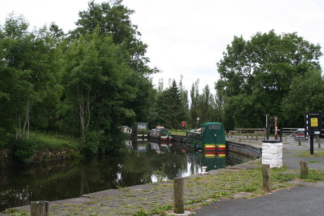 Salterforth:  Canal wharf