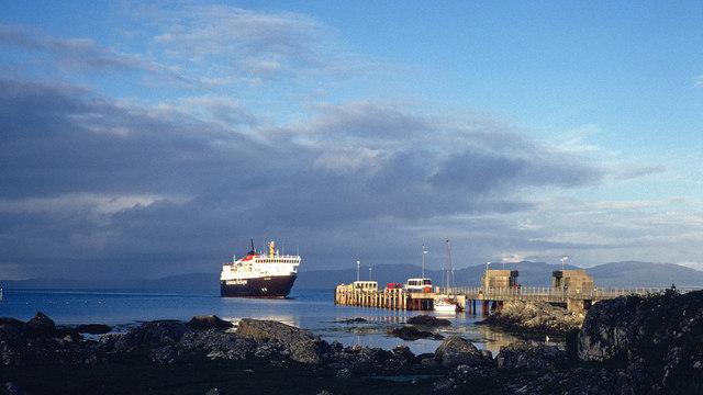 MV Isle of Mull approaching Colonsay