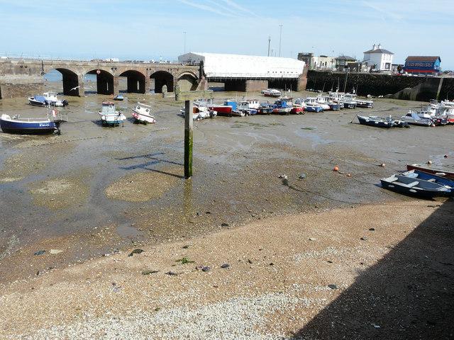 Low tide, Inner Harbour