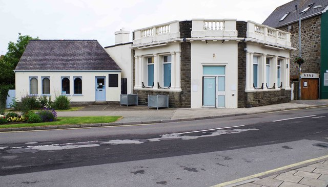 The former HSBC bank, 18 West Street, Fishguard, Pembs