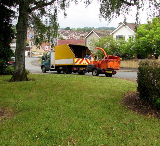Council lorry and shredder, Laurel Crescent, Malpas, Newport
