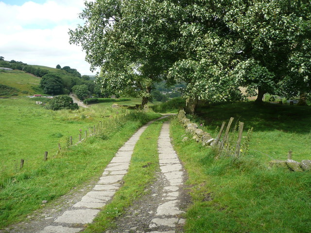 Halifax Bridleway 484 approaching the remains of Ramsden