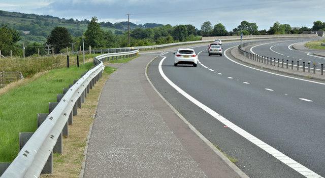 Road junction, Ballybracken, Ballynure/Larne (July 2017)