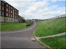 ST2938 : Path from Linham Road to Western Way, Bridgwater by Jaggery