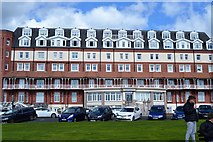TQ7407 : Seafront apartments by N Chadwick
