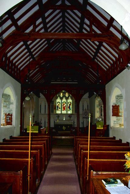 St David's Church in Whitton / Eglwys Llanddewi yn Hwytyn