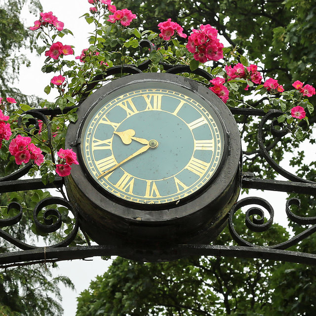 A clock at the entrance to Lowood Stables