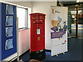 J3684 : Postbox, Jordanstown by Rossographer