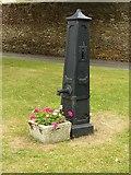 ST8893 : Pump on The Knapp, Tetbury by Alan Murray-Rust