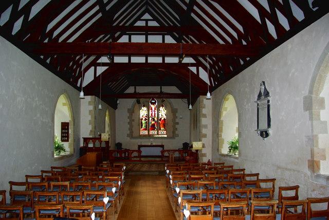 St Michael's Church in Discoed / Eglwys Sant Mihangel yn Niscoed