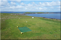 HU6067 : Golf by the Sea by Des Blenkinsopp