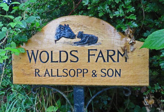 Wolds Farm sign