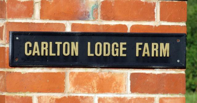 Quorn Lodge Farm sign