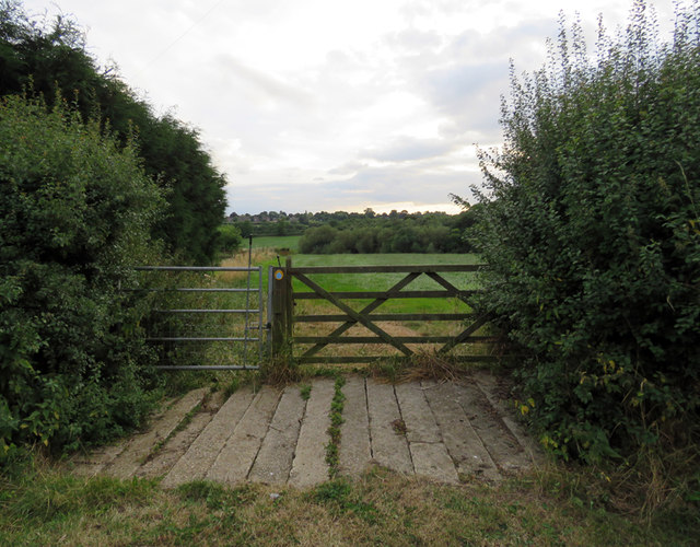 Footpath towards Grimston from Ostler Lane