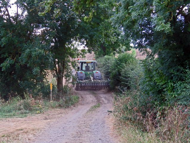 Tractor going towards Saxelby Pastures