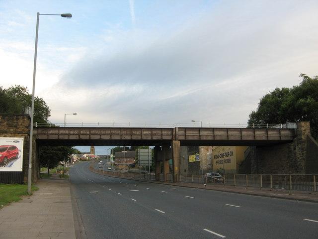 Disused Railway Bridge BRB DUH47, Wakefield Road