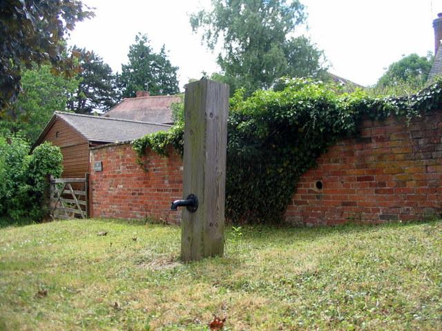Birdingbury water pump