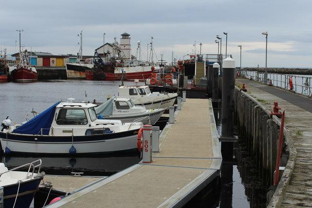 Pontoon, Girvan Harbour