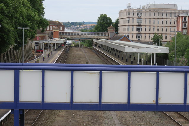 Exeter Central station from New North Road