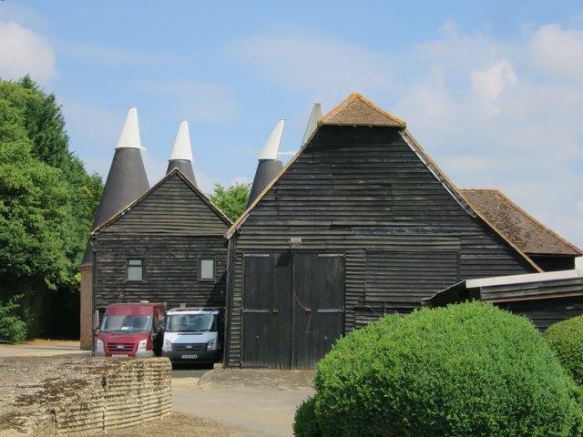 Oast House at Manor Farm, Old Road, Wateringbury