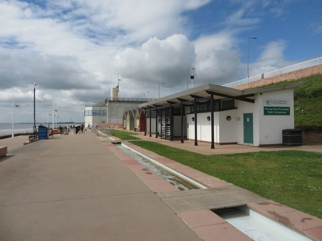 Princess Mary Promenade public toilets