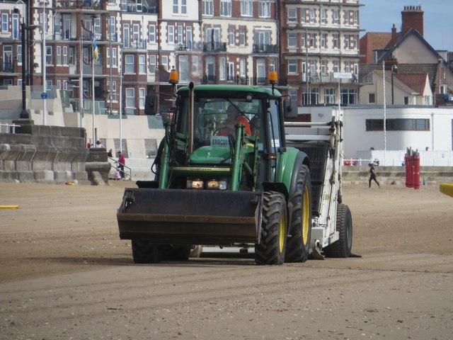 Cleaning South Sands, Bridlington