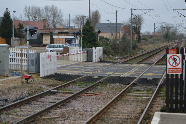Level crossing by Downham Market Station