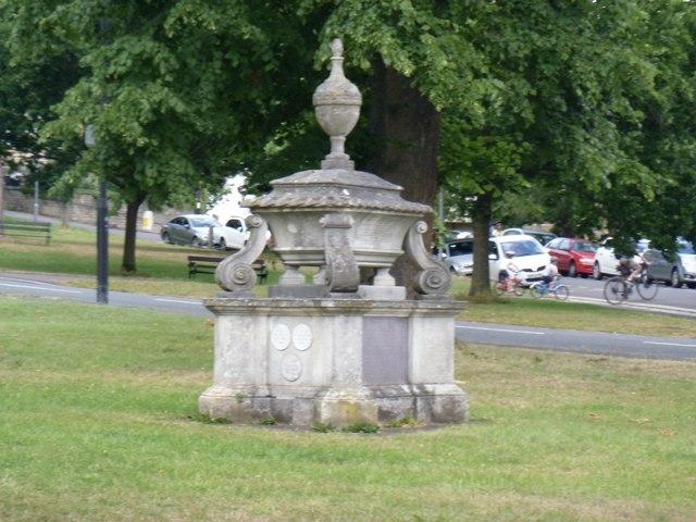 Early war memorial