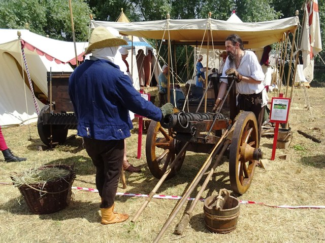 Preparing the cannons for battle